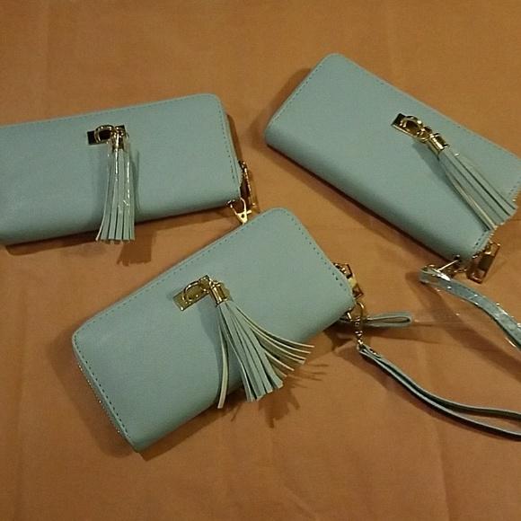 Rue21 Handbags - 3 Rue 21 wallets